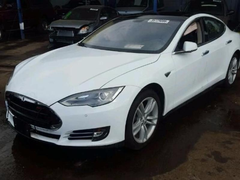 Накладки на передний бампер для Tesla Model S Киев
