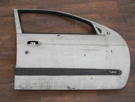 ФОТО Дверь передняя правая для Renault Megane Алчевск