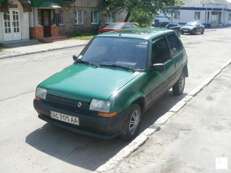 ФОТО Все на запчасти для Renault 5 Киев