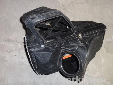 ФОТО Воздушный фильтр (корпус) для Audi (Ауди) A4 Львов