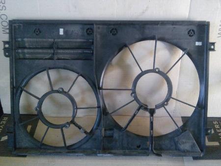 ФОТО Диффузор вентилятора радиатора (Кожух) для Volkswagen Caddy Киев
