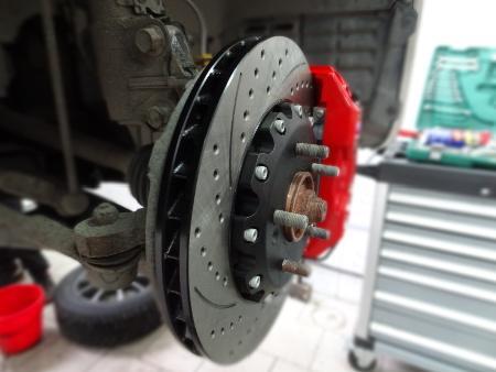 ФОТО Тормозной механизм для Mitsubishi Carisma Киев
