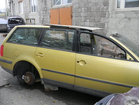 Дверь задняя правая для Volkswagen B5 Алчевск